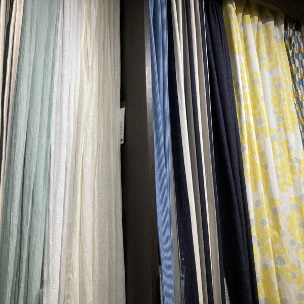 綿麻のカーテンを使いましょう!